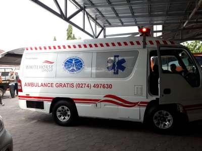 Penyerahan Hewan Qurban & Ambulance ASITA DIY